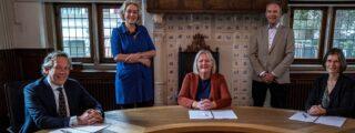 Drie zorgpartijen ondertekenen convenant voor realisatie Expertisecentrum Eemsdelta in Delfzijl